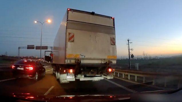 Camionista arma-se em rei da estrada… mas perde o pio rapidamente
