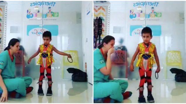 Fisioterapeuta emociona-se ao ver menino a caminhar novamente
